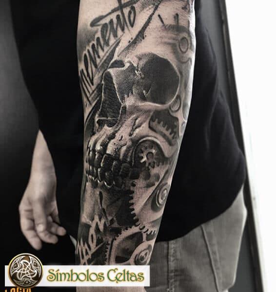 El tatuaje de la calavera mexicana significa
