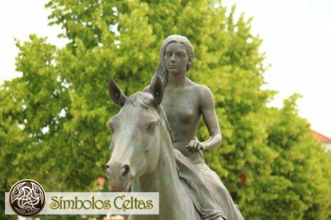 Rhiannon, la diosa de los caballos galeses